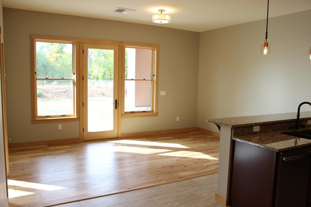 865 Wyoming Street Suite 103, Missoula, MT - USA (photo 1)