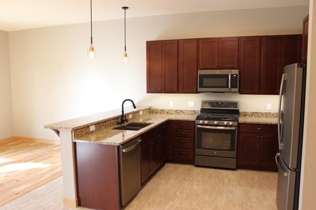 865 Wyoming Street Suite 103, Missoula, MT - USA (photo 2)