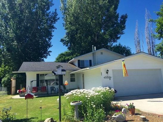 701 W Court Ave, Chewelah, WA - USA (photo 1)
