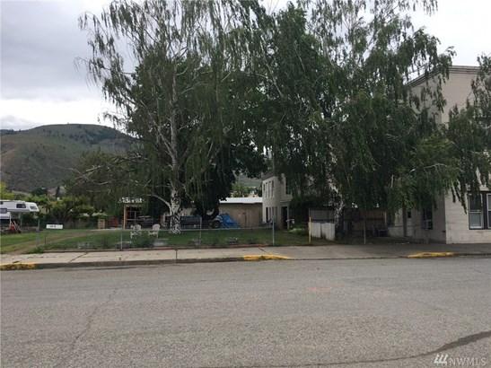 1014 Main St, Oroville, WA - USA (photo 3)