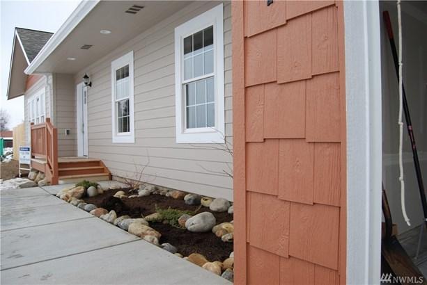 703 Paintbrush Lane, Omak, WA - USA (photo 3)