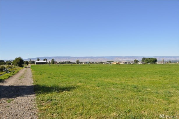 1 Manastash Rd, Ellensburg, WA - USA (photo 3)