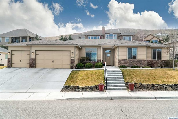 2415 W 50th, Kennewick, WA - USA (photo 1)
