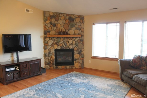 100 Meadow View Dr, Ellensburg, WA - USA (photo 2)