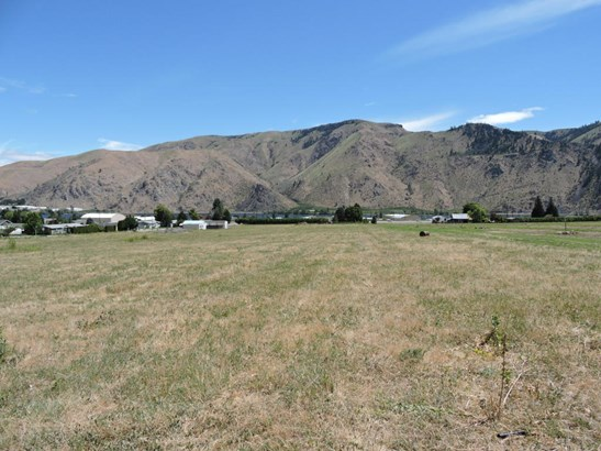 2005 Stoneridge St, Entiat, WA - USA (photo 1)