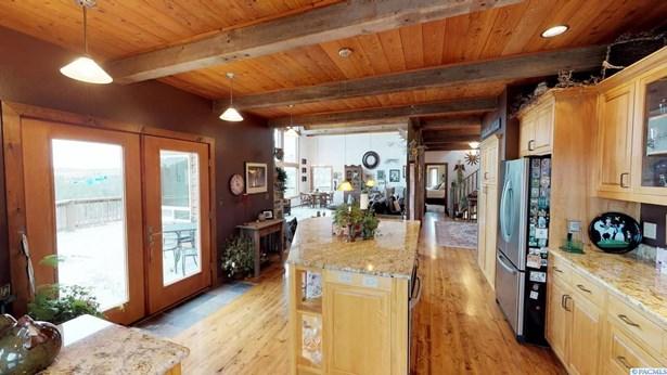 1402 Elberton Rd., Colfax, WA - USA (photo 5)