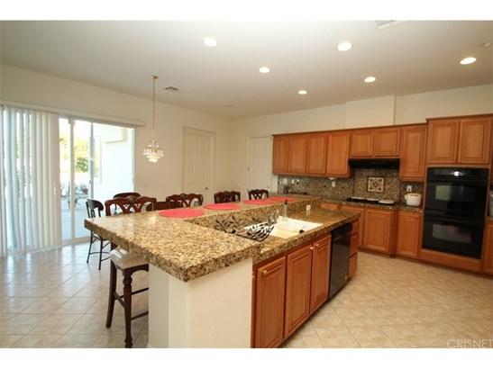 Single Family Residence, Contemporary - Riverside, CA (photo 4)