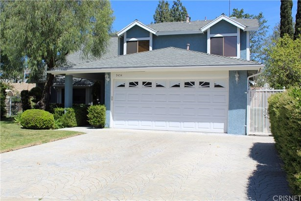 Single Family Residence, Traditional - Chatsworth, CA