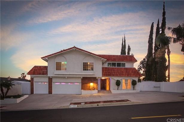 Single Family Residence, Contemporary - Granada Hills, CA