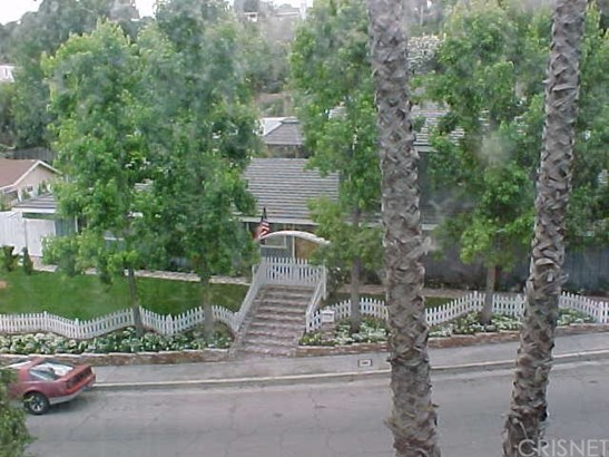 Single Family Residence, Custom Built,Traditional - Woodland Hills, CA (photo 1)