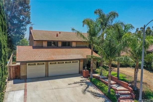 Mediterranean, Single Family Residence - Granada Hills, CA