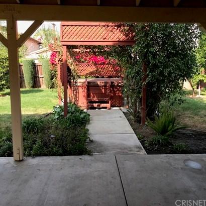 Single Family Residence - Canoga Park, CA (photo 4)