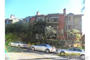 Condominium, Custom Built - Tarzana, CA (photo 2)