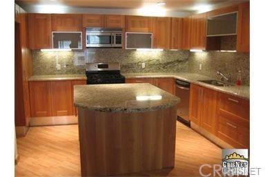 Condominium, Custom Built - Tarzana, CA (photo 3)