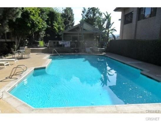 Condominium, Custom Built - Tarzana, CA (photo 5)