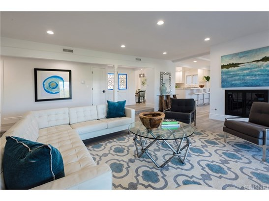 Single Family Residence, Contemporary,Ranch - Woodland Hills, CA (photo 2)