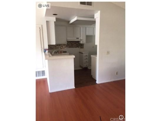 Condominium - Inglewood, CA (photo 4)