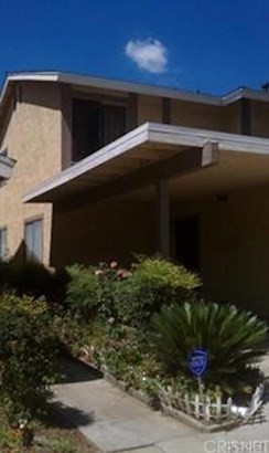Townhouse - Sylmar, CA (photo 1)