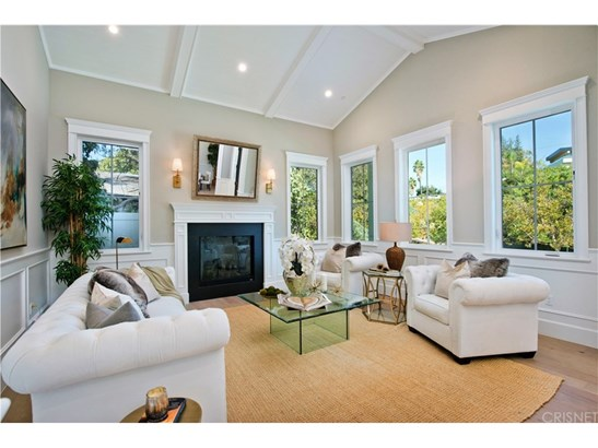 Cape Cod,Contemporary,Traditional, Single Family Residence - Encino, CA (photo 4)