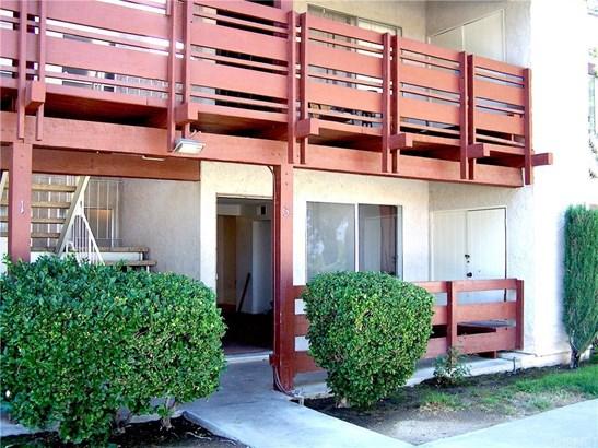 Condominium - Lancaster, CA (photo 1)