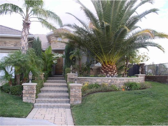 Contemporary,Modern, Single Family Residence - Porter Ranch, CA