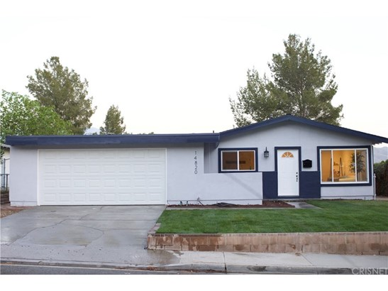 Single Family Residence - Canyon Country, CA (photo 1)