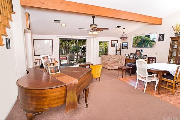 Single Family Residence, Spanish - Granada Hills, CA (photo 4)