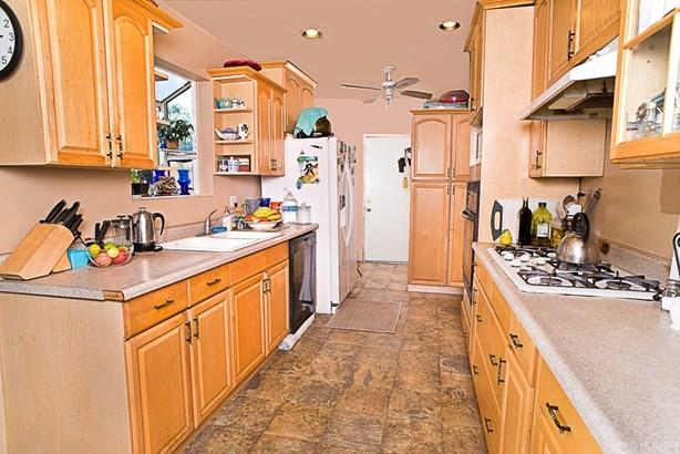 Single Family Residence, Spanish - Granada Hills, CA (photo 5)