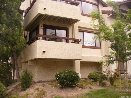 Condominium - Canyon Country, CA (photo 1)