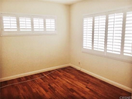 Apartment - Inglewood, CA (photo 5)