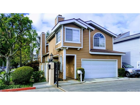 Single Family Residence - North Hills, CA (photo 1)