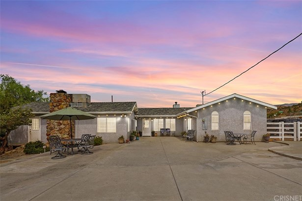 Single Family Residence, Ranch - Acton, CA