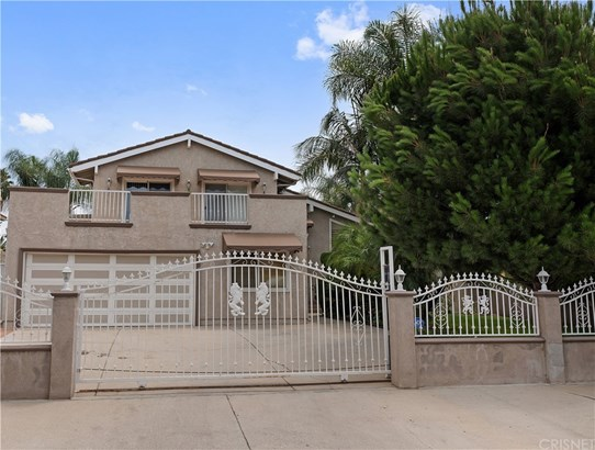 Single Family Residence - North Hills, CA
