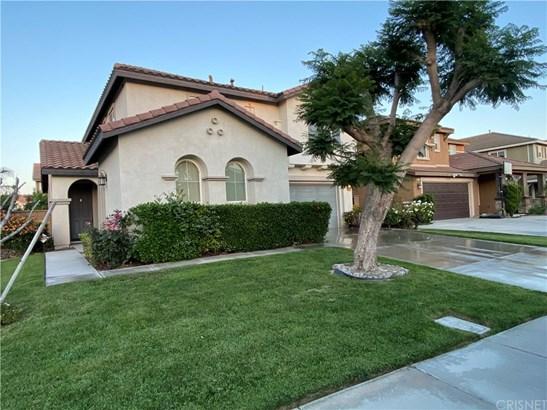 Single Family Residence - Eastvale, CA