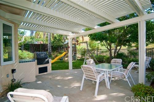 Single Family Residence - Oak Park, CA (photo 4)