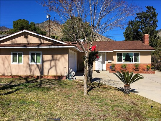 Single Family Residence, Traditional - Sylmar, CA (photo 1)