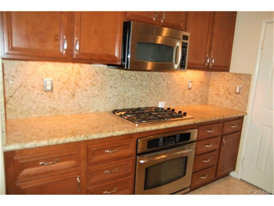 Townhouse, Traditional - Simi Valley, CA (photo 5)