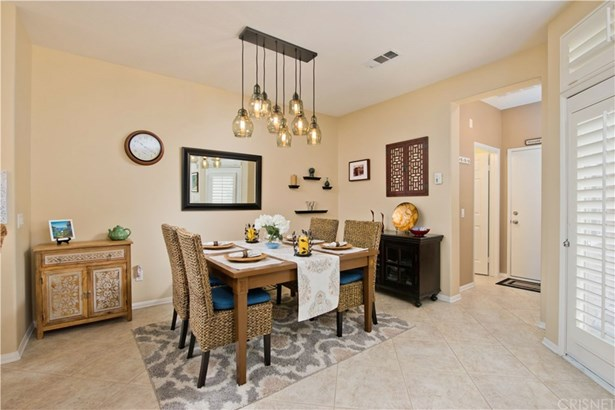 Townhouse - Porter Ranch, CA