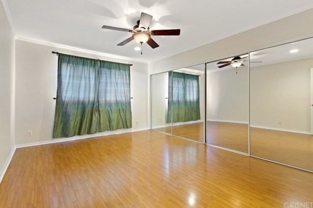 Condominium - Chatsworth, CA (photo 5)