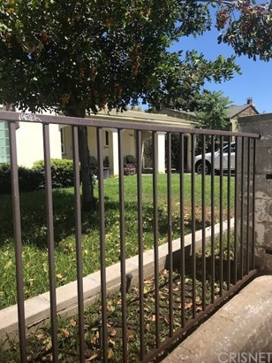 Single Family Residence - Van Nuys, CA (photo 2)