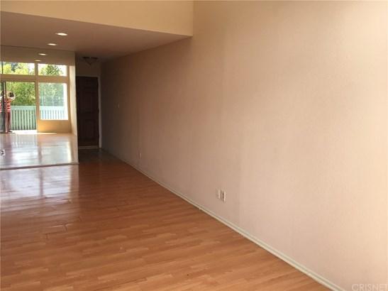 Condominium - Tarzana, CA (photo 2)