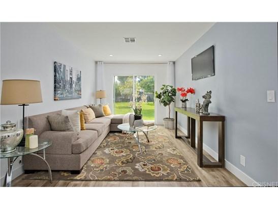 Single Family Residence, Bungalow - Lake Balboa, CA (photo 5)