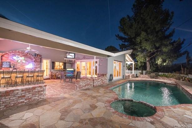 Contemporary,Modern, Single Family Residence - Northridge, CA (photo 5)