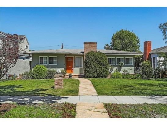 Single Family Residence, Traditional - Long Beach, CA (photo 1)