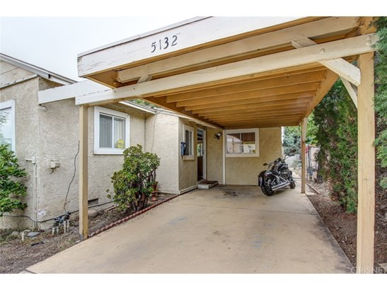 Single Family Residence - Tarzana, CA (photo 3)