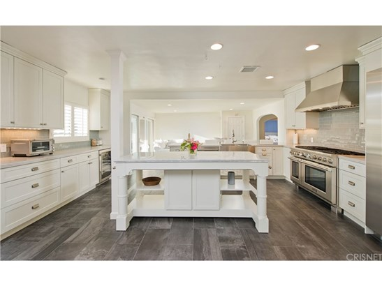 Ranch,Traditional, Single Family Residence - Woodland Hills, CA (photo 3)