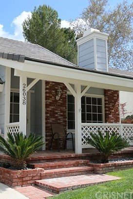 Single Family Residence, Bungalow - Valencia, CA (photo 2)