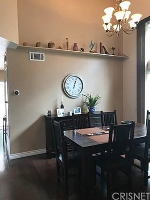 Single Family Residence, Bungalow - Valencia, CA (photo 4)