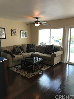 Single Family Residence, Bungalow - Valencia, CA (photo 5)