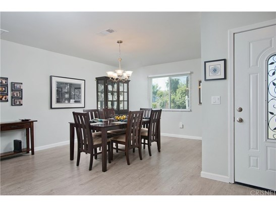 Single Family Residence, Bungalow - Encino, CA (photo 3)